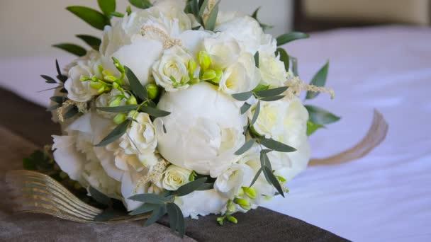 Close up wedding beige bouquet