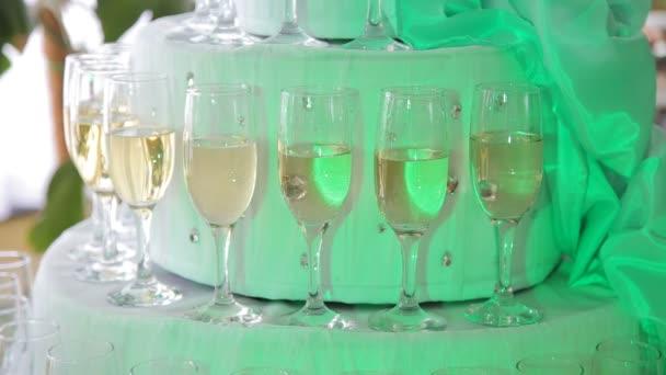 Oslavit na luxusní stůl