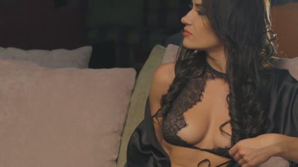 Женщины видео эро алексис фото