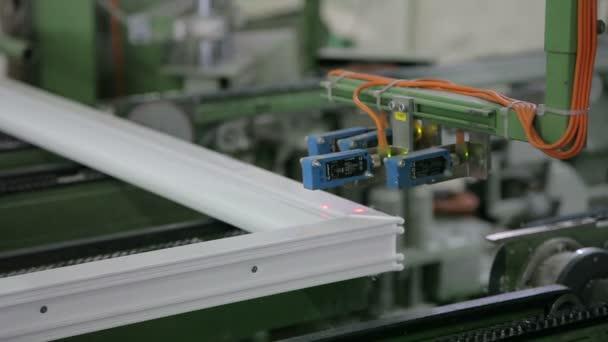 Moderní digitální stroj kovové plastové okna