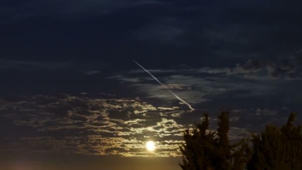 Měsíc září
