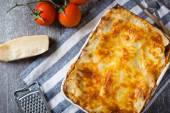 Fotografia deliziose lasagne fatte in casa