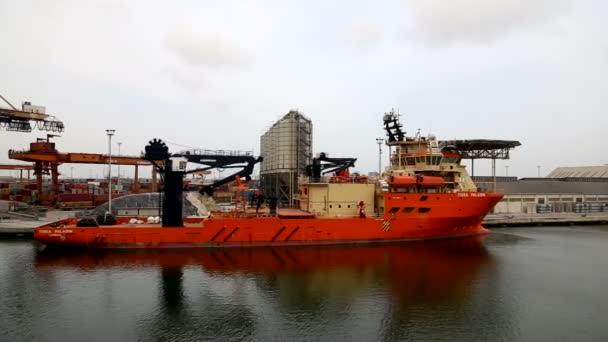 TOISA Paladin potápění podporu plavidlo portu Ravenna březen 2016