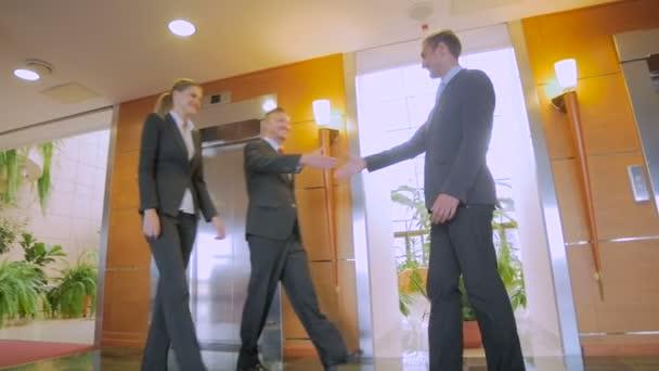 Business-Leute-handshake