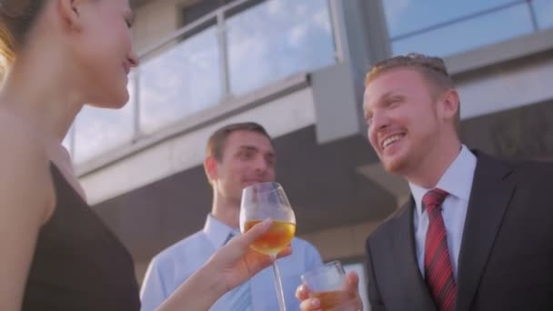 Geschäftsleute feiern