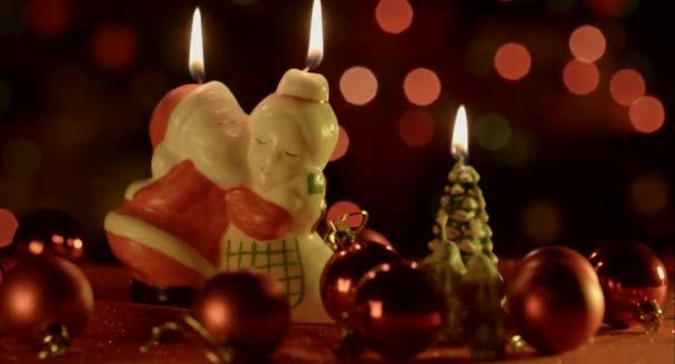 Vánoční pozadí s hračkou svíčky
