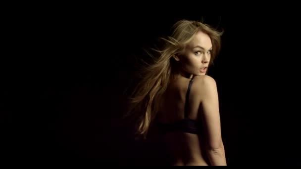 Sexy žena tělo ve spodním prádle