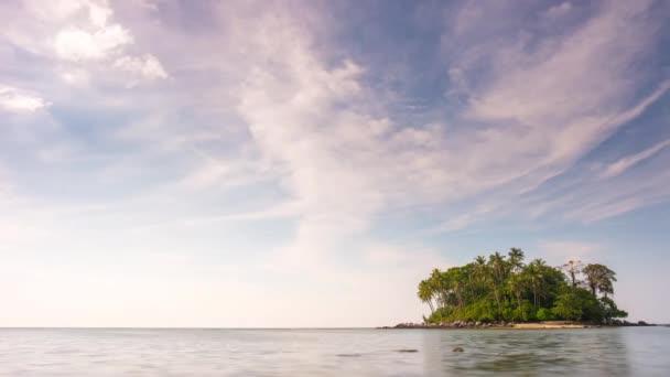 Nézd a lakatlan szigeten