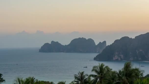 Sonnenuntergang berühmte Ko Phi Phi Don Blick Punkt Insel Panorama 4 k Zeit hinfällig, thailand