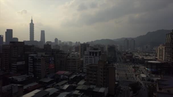 Légi kilátás az építészet Taipei város, Tajvan, 4k