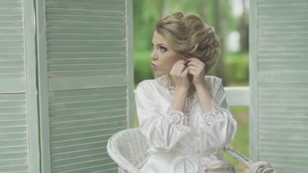 beautiful girl dress earrings