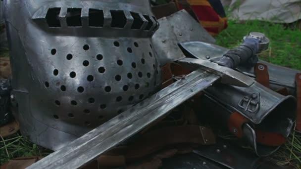 Mittelalterliches Schwert aus nächster Nähe - Kamera-Dia