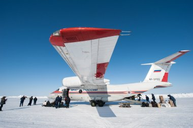 Aircraft on the ice circuit