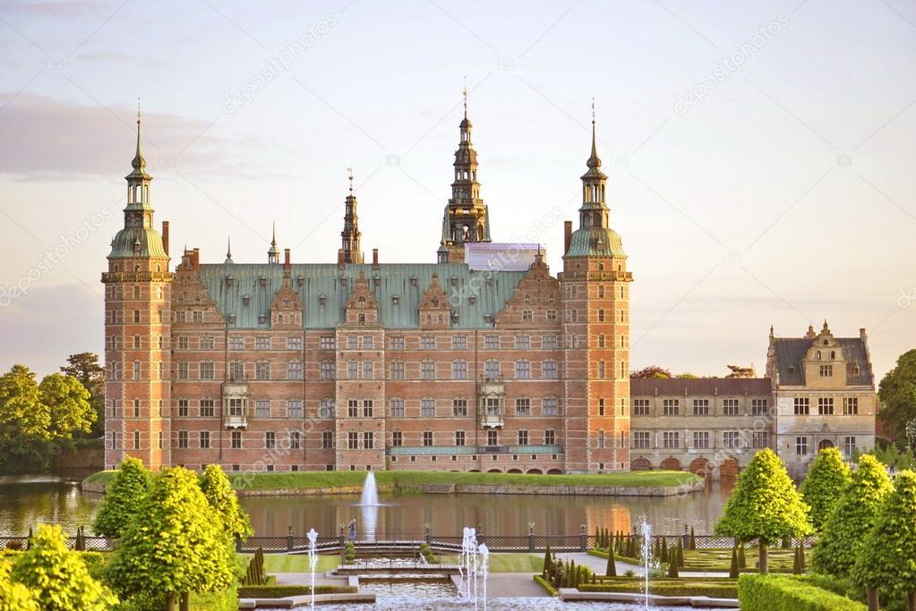 Schloss Frederiksborg Hillerod Dänemark Stockfoto Vrezh90
