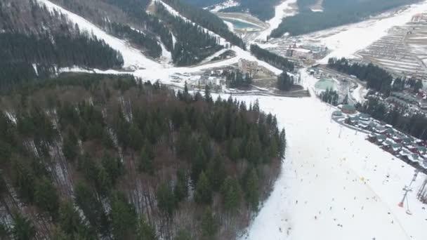 Ski Resort #17, antény, hukot panorama Bukovel