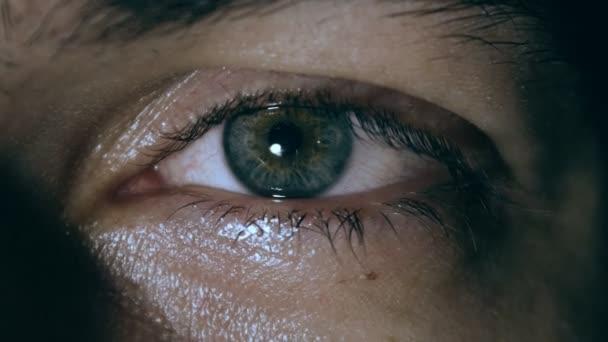 Iris žák smluvní zpomalené, samci oko detail