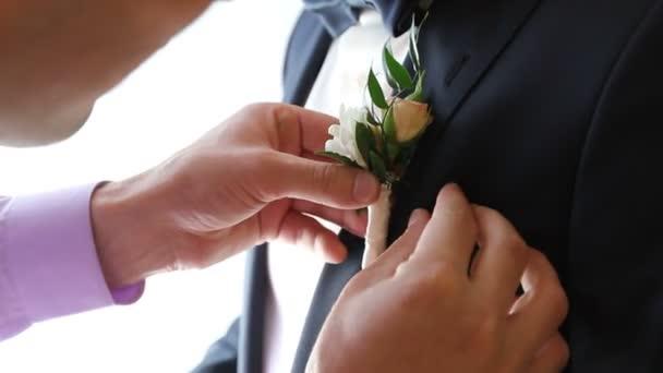 csatlakoztassa az esküvőt szombat estéje társkereső vélemények
