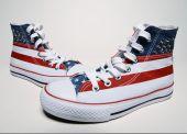Fotografia scarpe da basket vintage con bandiera usa