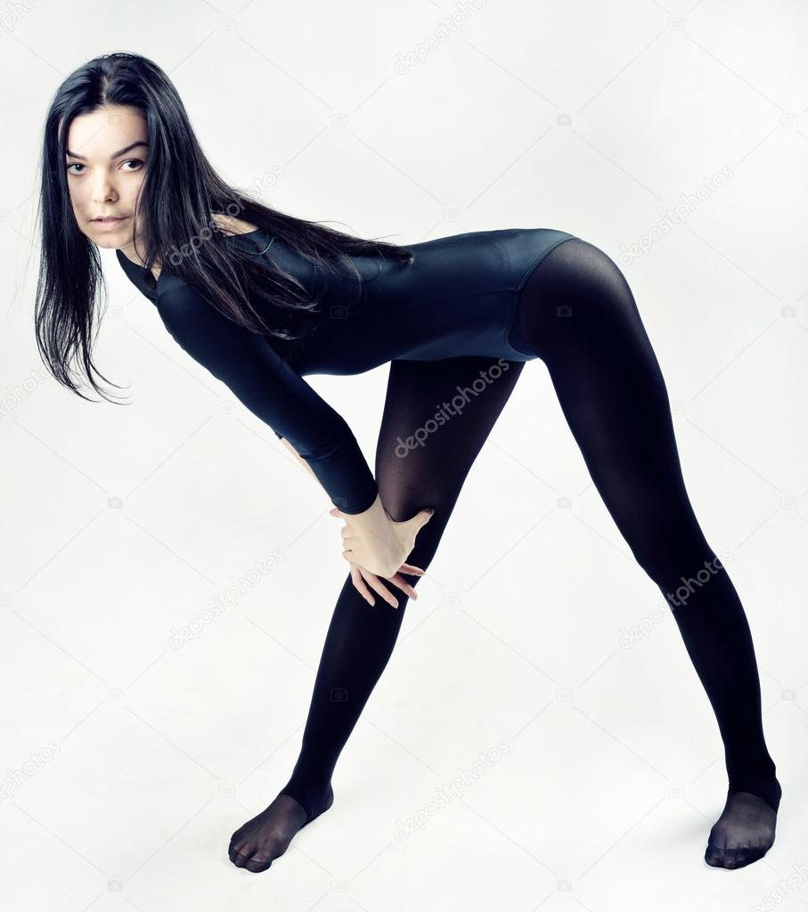 798add28398 Beautiful woman with perfect slim body and long legs doing dance training–  stock image