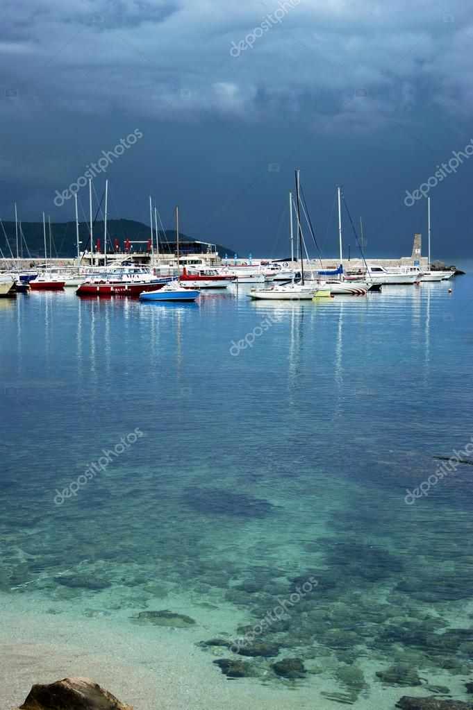 Montenegro Herceg Novi 17 05 2016 View In Stormy Weather On A Boat In The Port Stock Editorial Photo C Tatianatorgonskaya 112756782 Know what's the novi weather now, and the weather forecast for the next hours and days. depositphotos