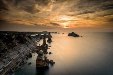 """Картина, постер, плакат, фотообои """"лиенкрес скалы на побережье испании постеры печать архитектура"""", артикул 89136288"""