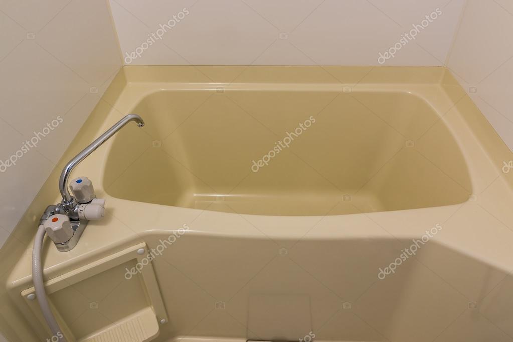 Vasca Da Bagno Bloccata : Vasca da bagno giappone nella guest house u foto stock nonhanon
