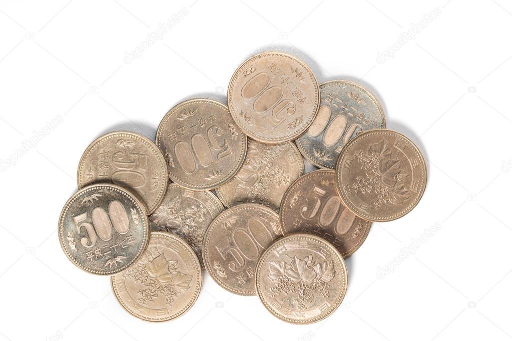 2f9a2fd7d8 Mucchio di 500 yen giapponese lle monete, Chiuda in su priorità bassa  bianca — Foto di ...