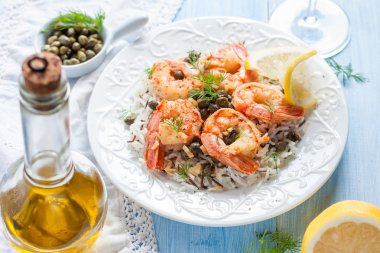Shrimp with capers, lemon and wild rice