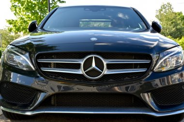 Beautiful Mercedes-Benz C400