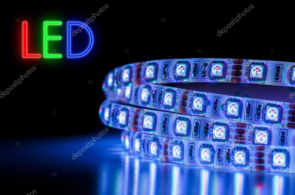 Led Strip Licht : Led strip licht streifen u stock photo mkarco