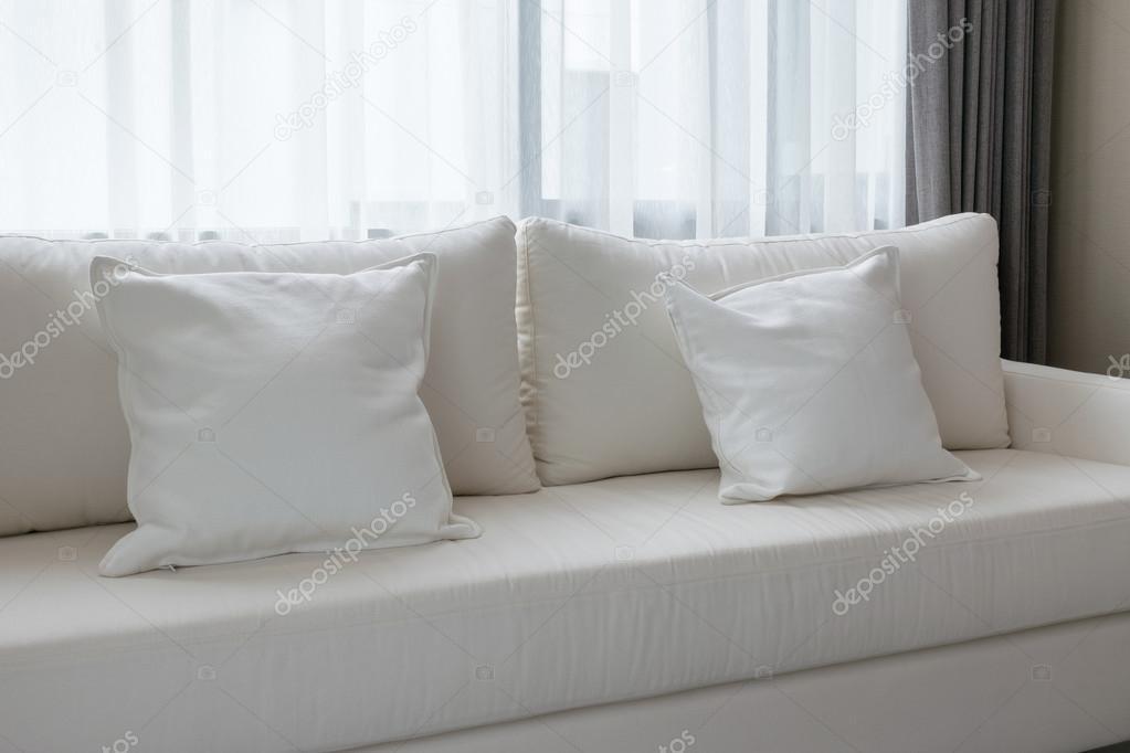 Poduszki Dekoracyjne Biały Dorywczo Kanapa W Salonie