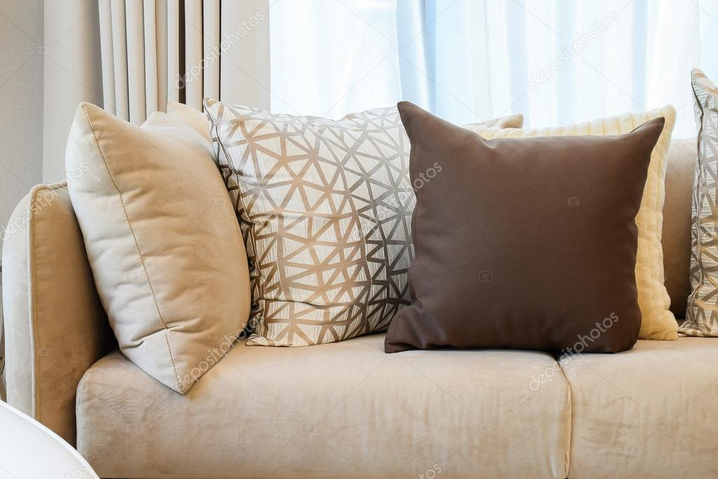 Cuscini Divano Marrone.Sturdy Brown Tweed Sofa With Grey Patterned Pillows Stock Photo