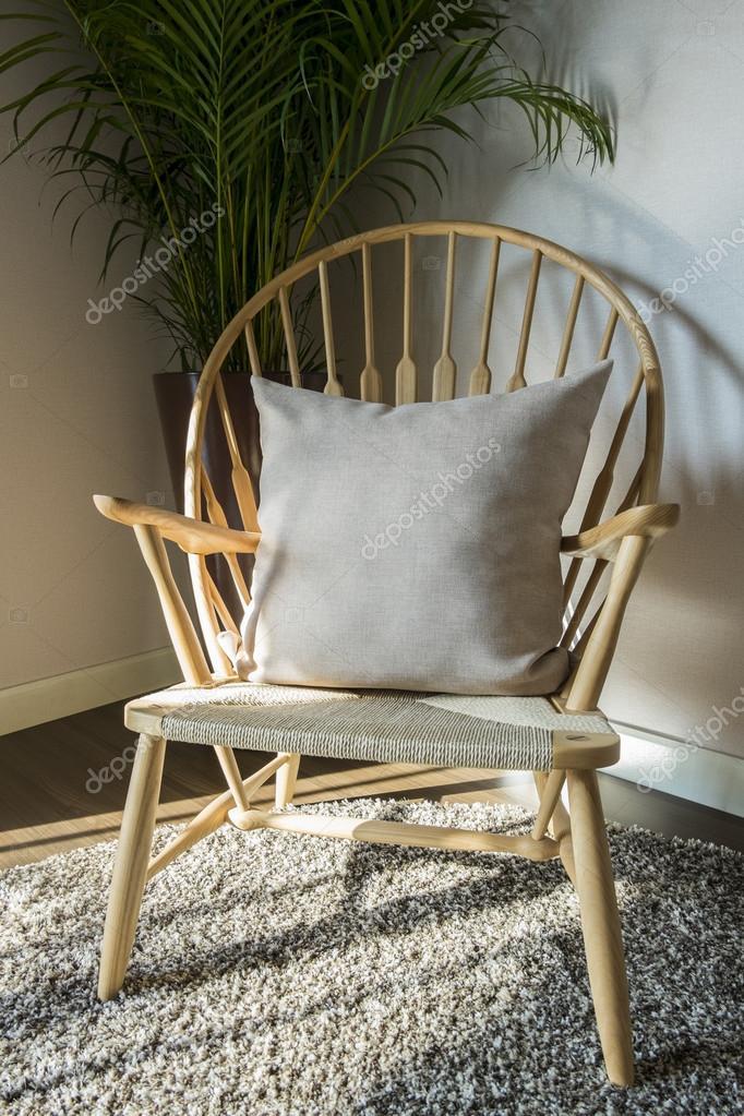 houten stoel in de woonkamer — Stockfoto © WorldWide_Stock #90213698