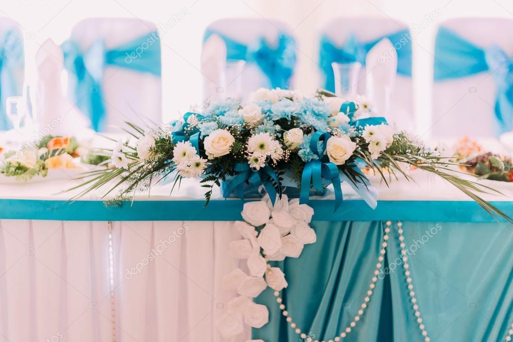 Weiss Und Turkis Hochzeit Blumen Tischdekoration Close Up