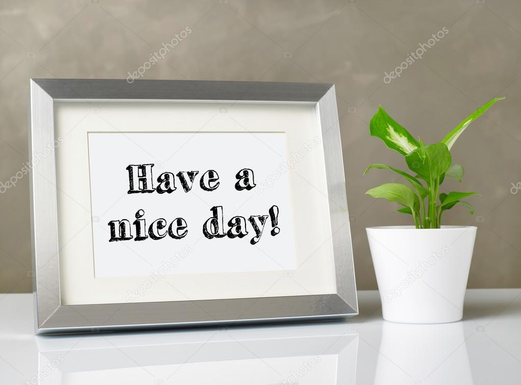 Fotorahmen auf Schreibtisch — Stockfoto © Goir #103040044