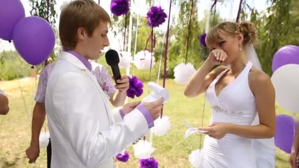 braut und bräutigam auf hochzeitszeremonie