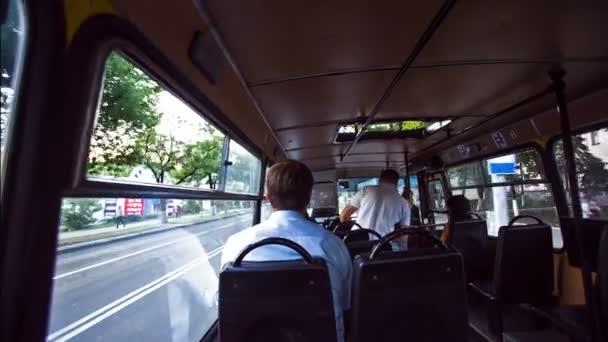 Veřejné dopravy uvnitř