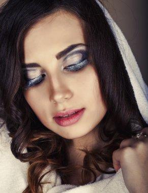 Portrait of beautiful sensual woman.Perfect makeup. Fashion phot