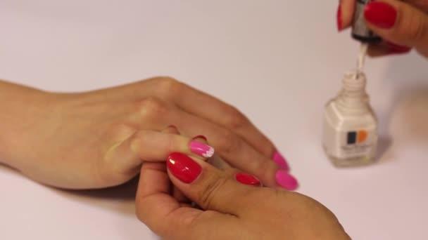 Beauty Nail Design manikúra umění