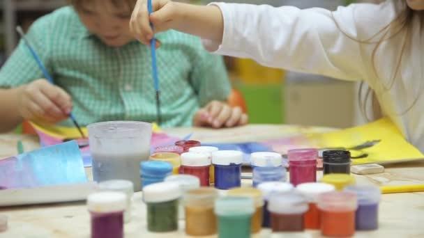Gyermekeim festmény az asztalnál