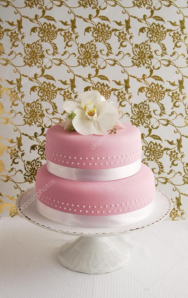 rózsaszín esküvői torta Gyönyörű rózsaszín esküvői torta — Stock Fotó © OksanaBESS #91177928 rózsaszín esküvői torta