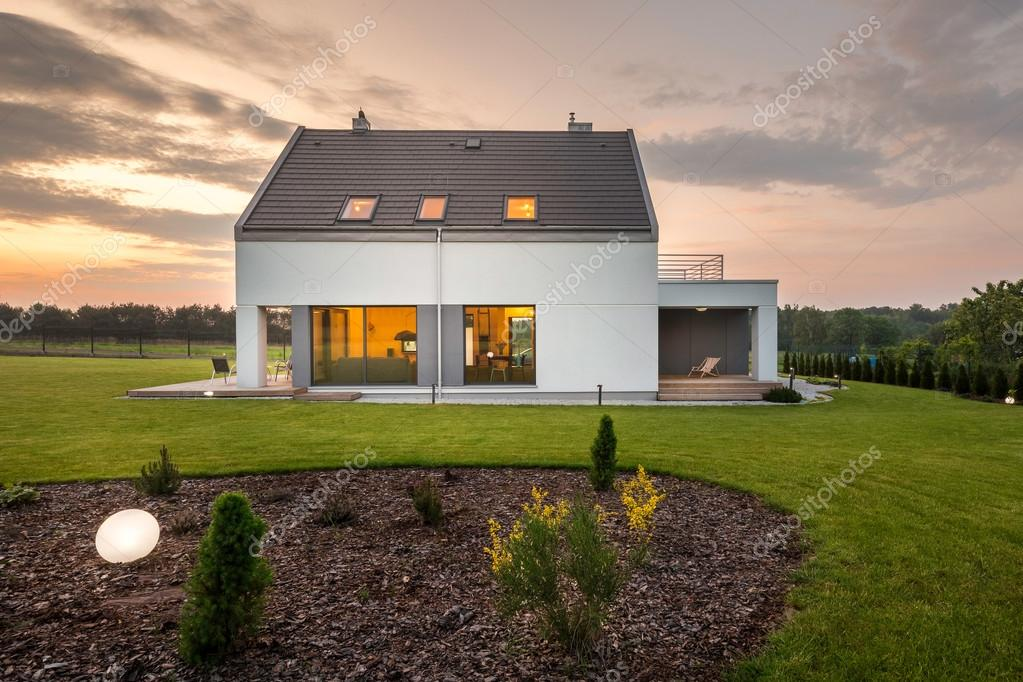 Als Moderne Architektur Trifft Auf Natur U2014 Stockfoto