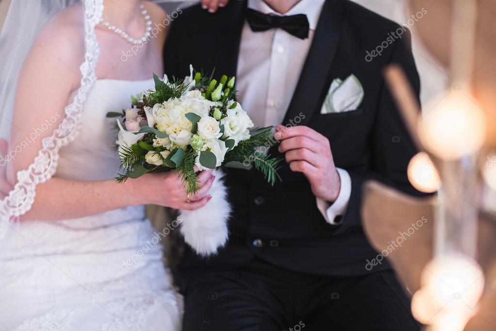 Schone Winter Hochzeitsstrauss Stockfoto C Familylifestyle 94337892
