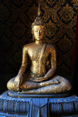 Socha Buddhy v Bangkoku Wat Intharam - The Old Uposatha z Wat Bang Yi Ruea Nok Thonburi, Thajsko