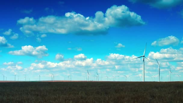 Větrné turbíny s kolísající slunce, Pan, časová prodleva, 4k