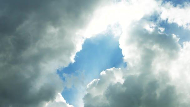 mraky na obloze