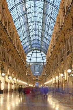Vittorio Emanuele shopping arcade, Milan