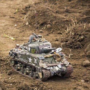 Little model tank
