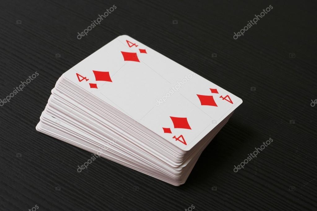 Quattro di piastrelle nella parte superiore il mazzo di carte da