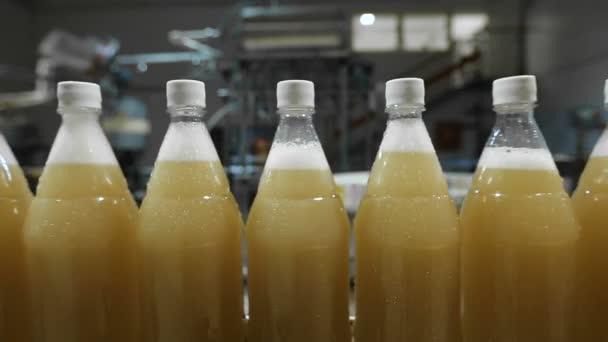 plastflaskor till saft